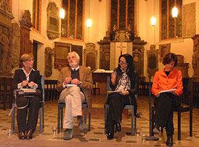 Gespräch in der Peterskirche